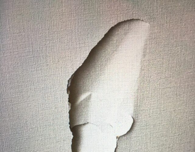 壁の穴修理(渋谷区)